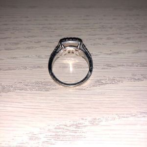 Kay Jewelers Jewelry - Pre loved promise ring from Kay jewelers ❤️